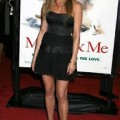 Jennifer_Aniston_at_Marley_and_Me_premiere