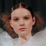 Lead Frederic Fekkai Stylist Creates Chignon for Marchesa Fashion Show