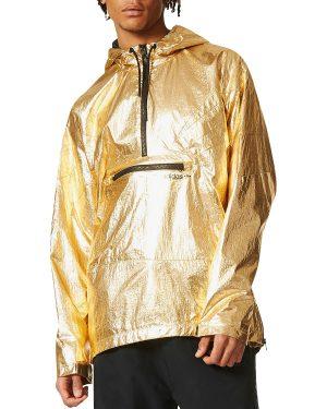 Gold Exercise Clothes by popular Boston luxury fashion blog A Few Goody Gumdrops