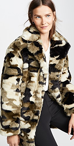 Fall trends featured by top US high end fashion blog, A Few Goody Gumdrops: image of an army print teddy coat